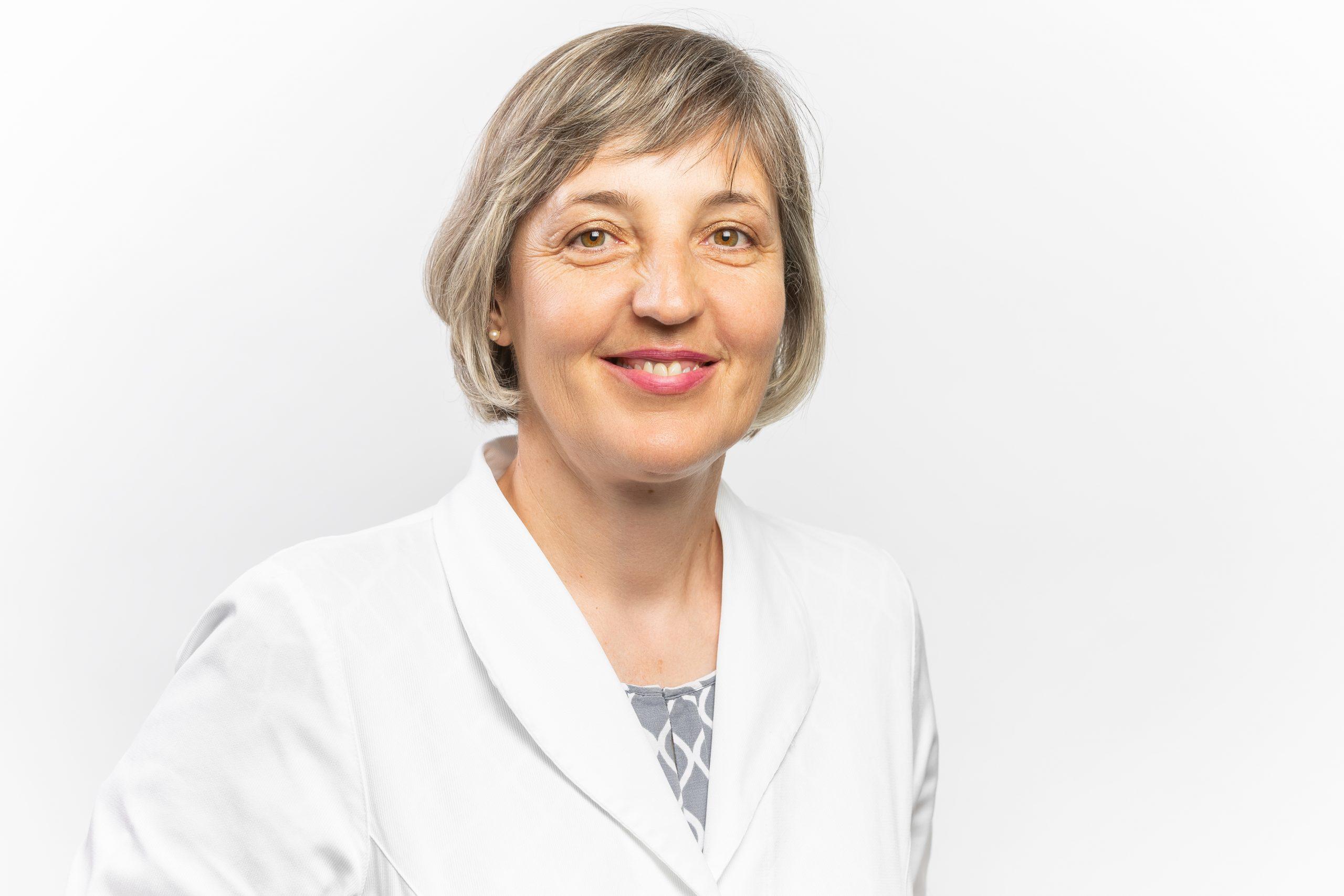 Dr. Iva Lüß